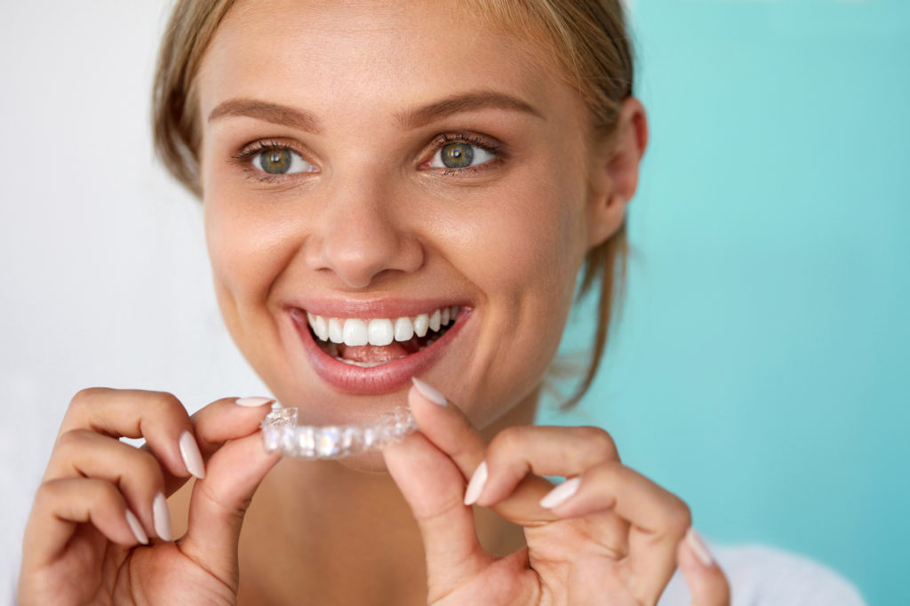 Invisalign vs Braces: The Cost of Invisalign, Plus the Many Benefits